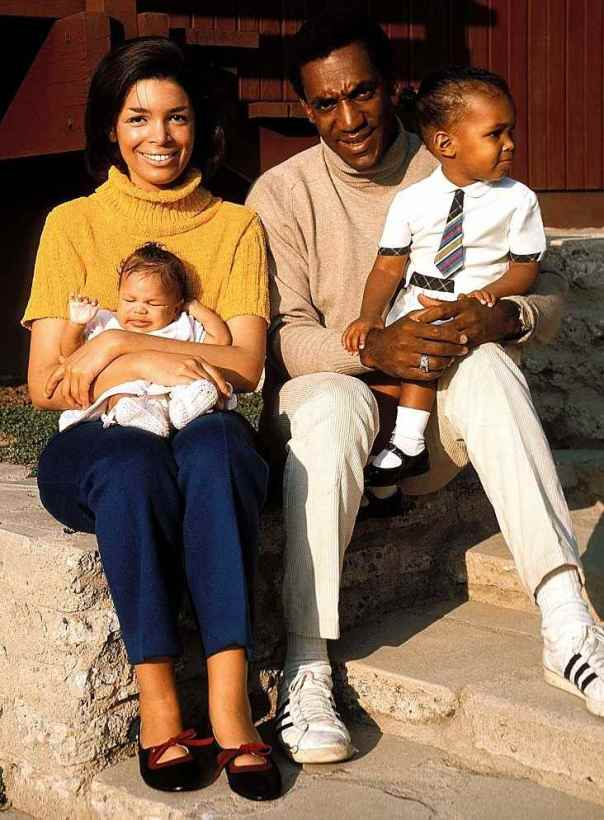 camille-and-bill-cosby-with-two-of-their-kids-pic